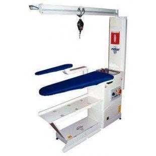 Malkan UP101 AKCIY Консольный гладильный стол с поддувом, рукавом, освещением и балансиром